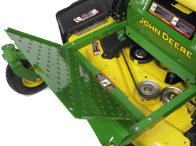 John Deere eztrak z425 mower deck removable footrest platform zero turn mower